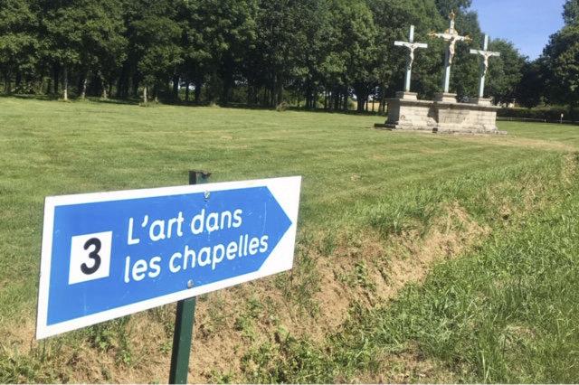 """Sortie : """"L'art dans les chapelles"""" et """"Flora Maxima"""" à Kerguéhennec"""
